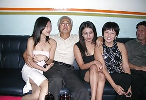 Chinese Group Sex Porn Pics