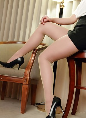 Chinese Pantyhose Porn Pics