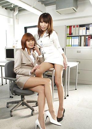Chinese Lesbians Porn Pics