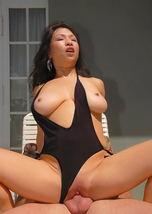 Chinese Cowgirl Porn Pics