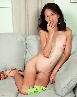 Chinese Small Tits Porn Pics