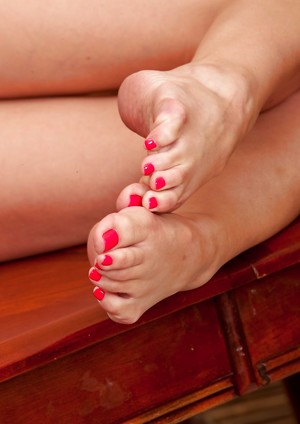 Chinese Feet Porn Pics