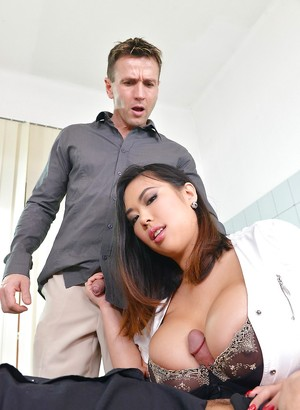 Chinese Titty Fuck Porn Pics