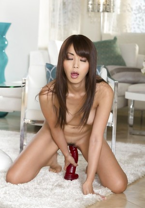 Chinese Dildoing Porn Pics