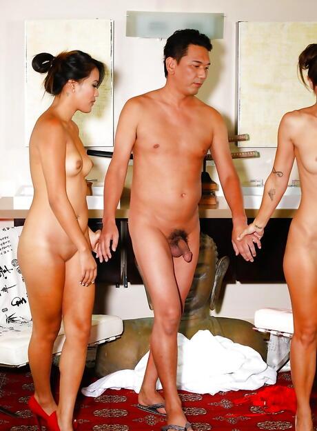 Chinese Threesome Porn Pics